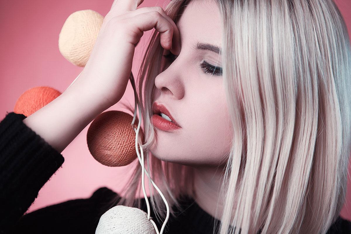 Bagaimana Memilih Warna Lipstik yang Tepat?